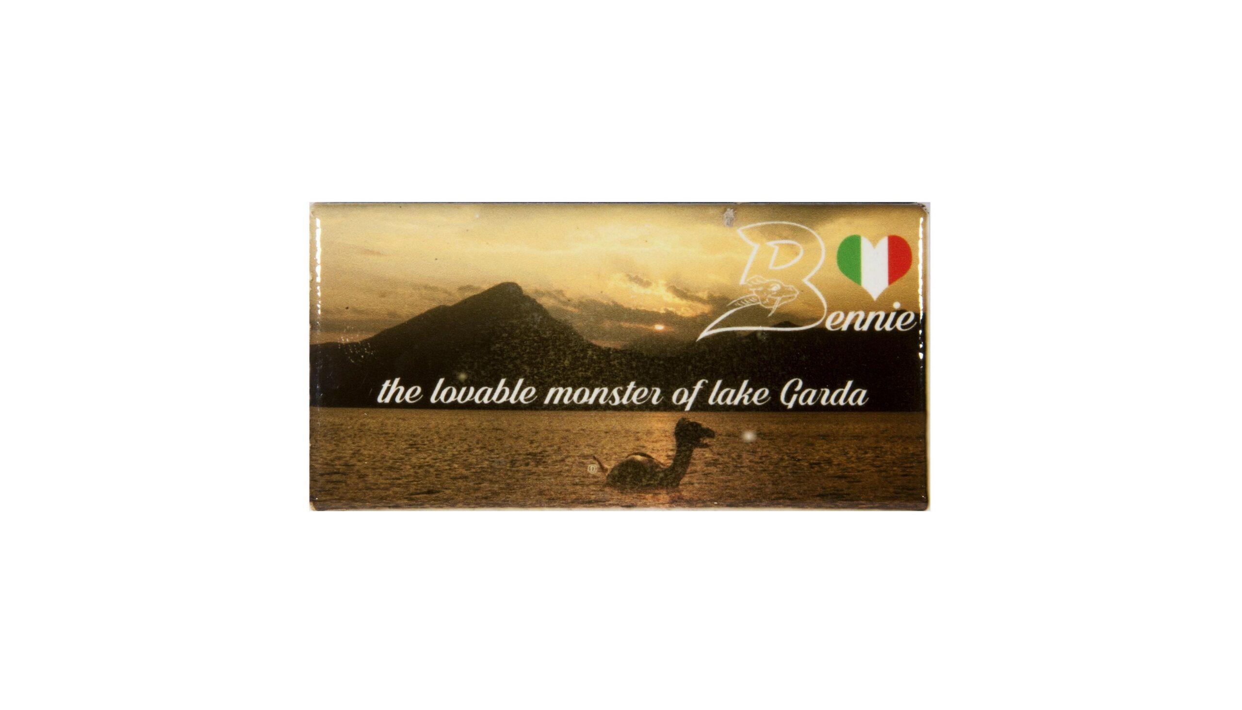 Classic magnet with sundown and Bennie the monster of lake Garda Bthemonster.com