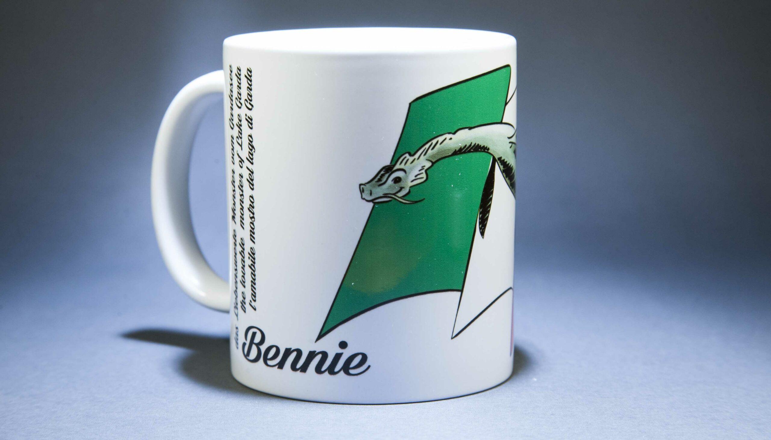 Tazza di Bennie con la bandiera italiana bthemonster.com