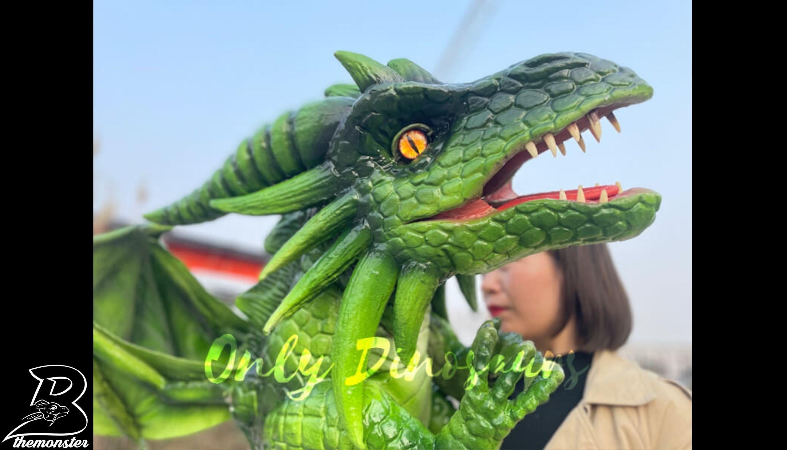 Realistic Flying Green Baby Dragon Puppet in vendita sul Bthemonster.com